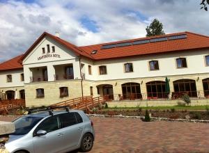 Aranybánya Hotel Telkibánya - Vendég parkoló